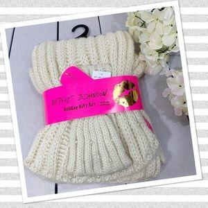 Betsey Johnson Pearl Ribbed Knit Scarf/Headband